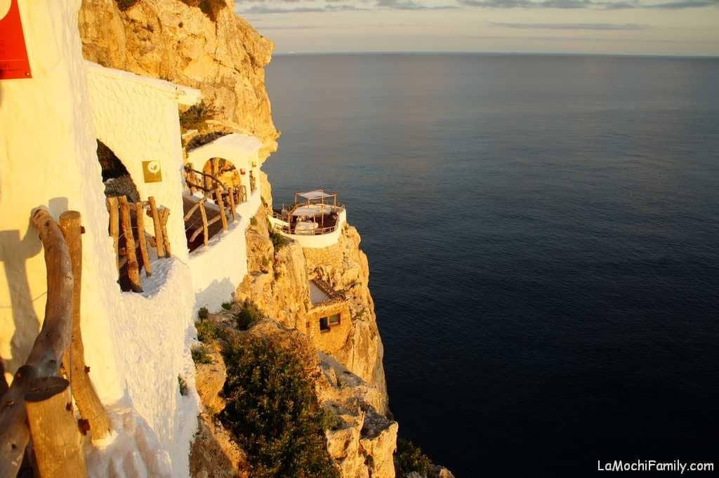 Cova d'en Xoroi de las mejores cosas que hacer en Menorca