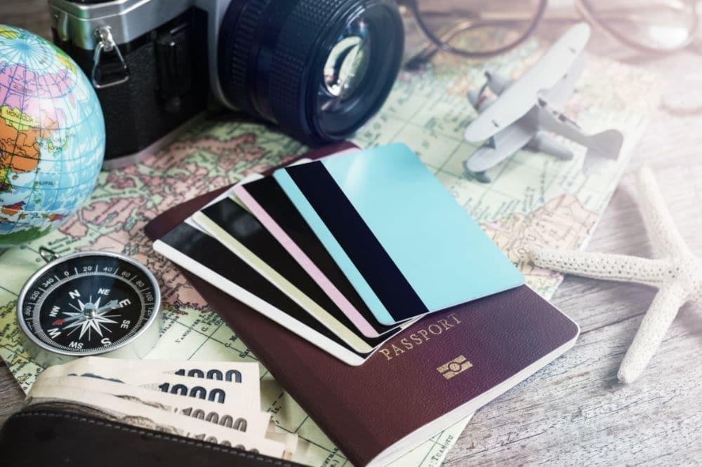 Mejores tarjetas para viajar sin comisiones