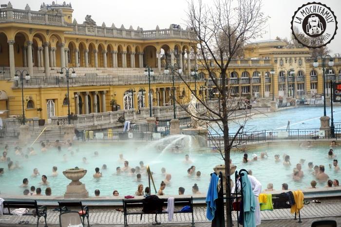 Balneario Székchenyi, un plan que no te puedes perder en tu viaje a Budapest